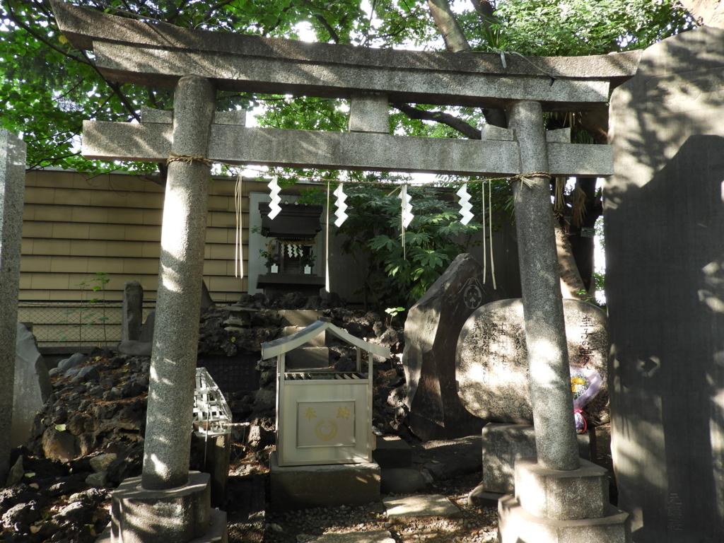 花園神社の新宿富士