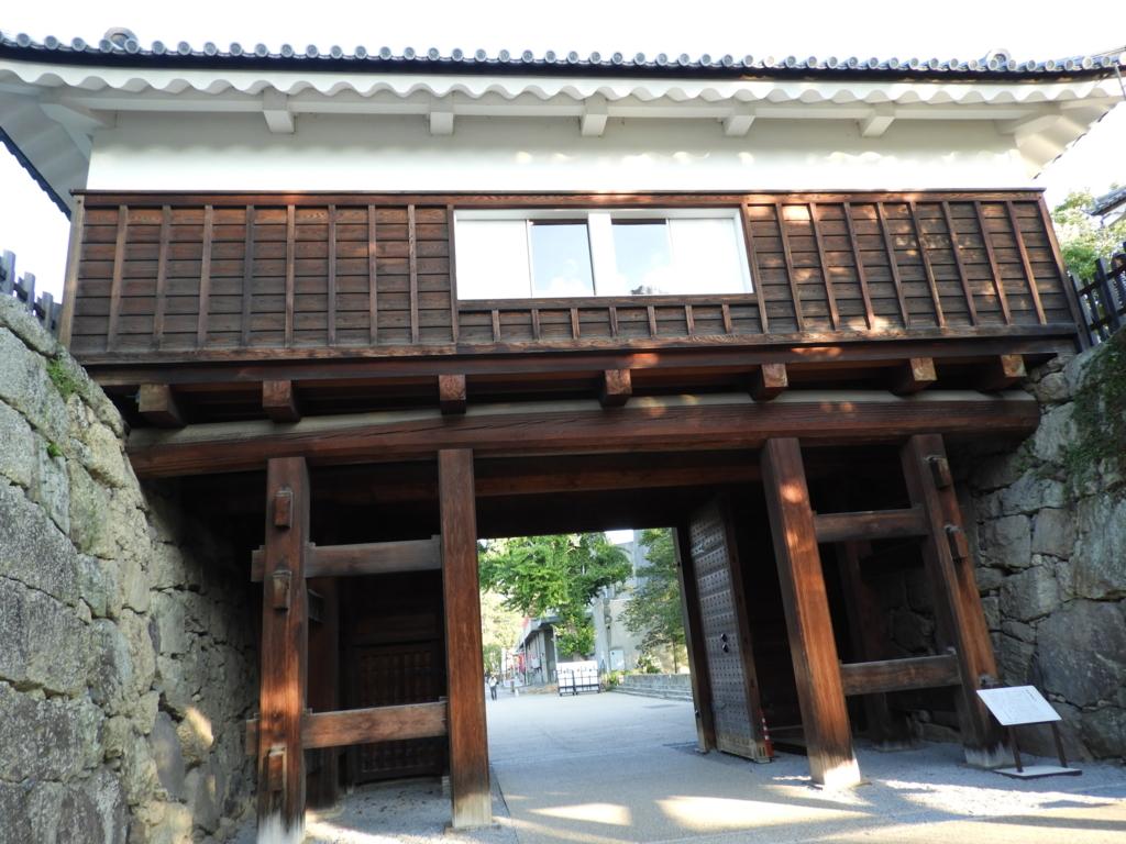 上田城址の東虎口櫓門の裏側