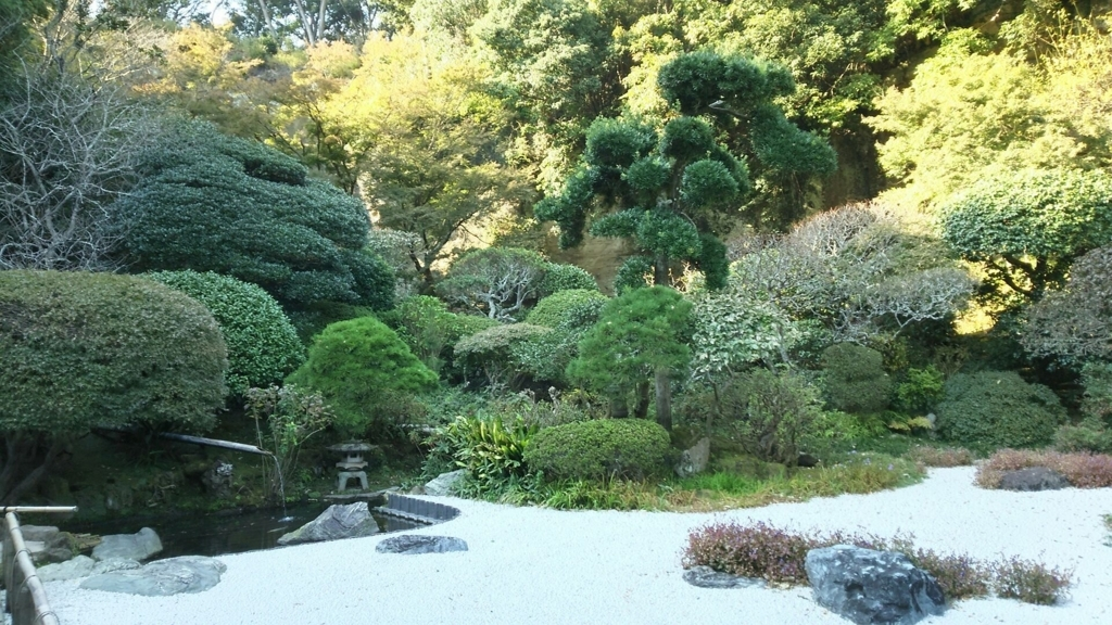 抹茶以外の魅力的な場所である報国寺中庭