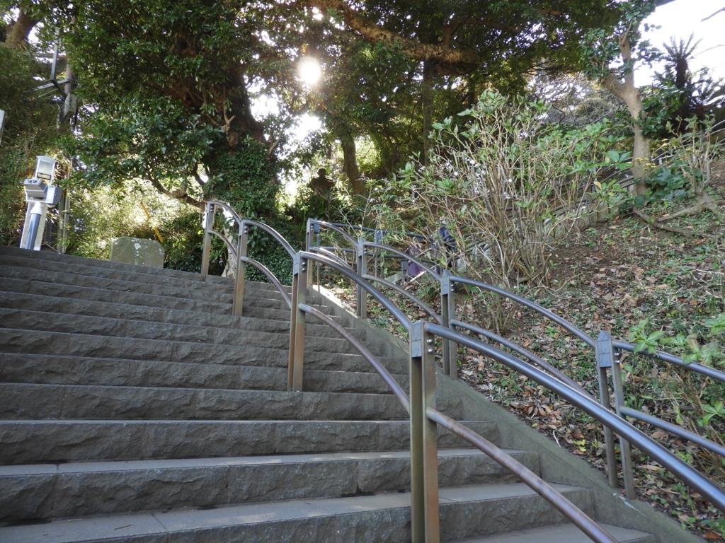 中津宮までの階段