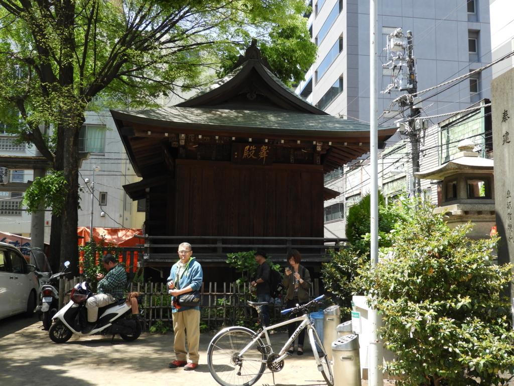 下谷神社の神楽殿