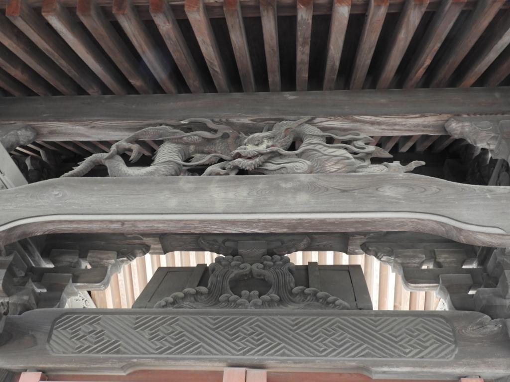 四脚門の彫刻