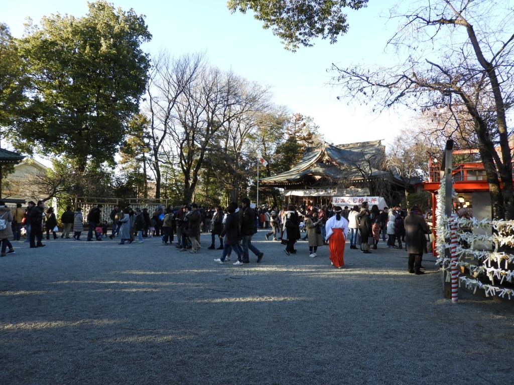 鈴鹿神明社の境内