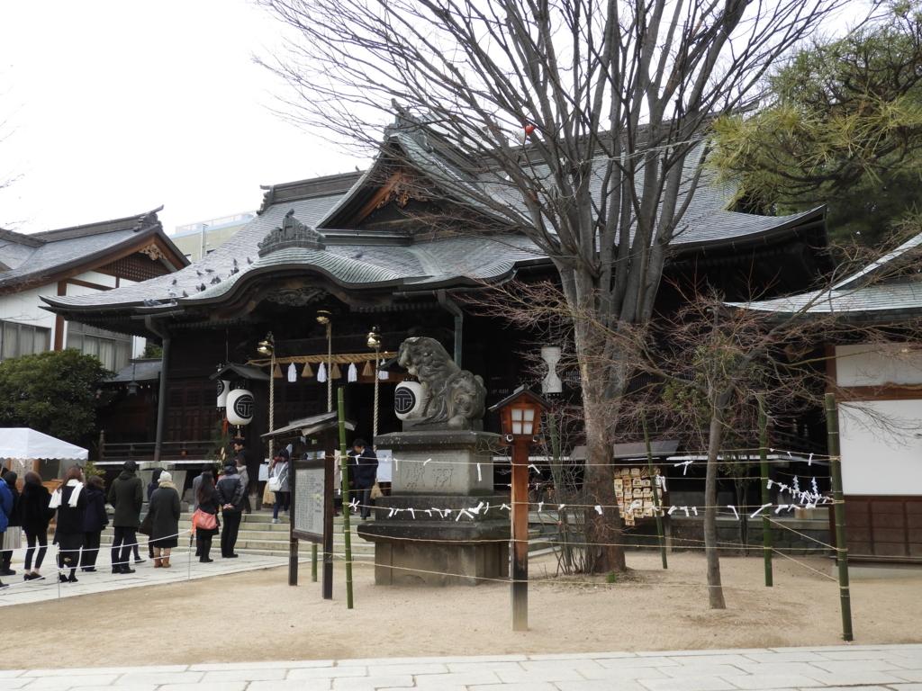 四柱神社の拝殿