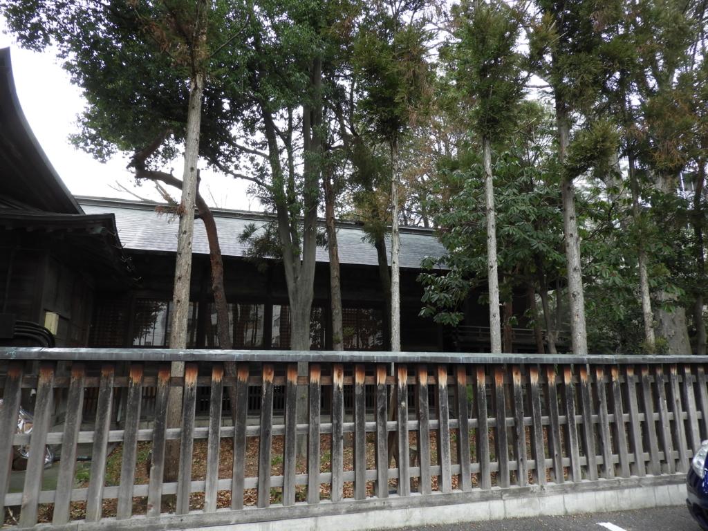 四柱神社の幣殿・本殿