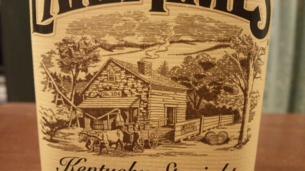 創業当時の蒸留所の姿を描いたアーリータイムズのラベル