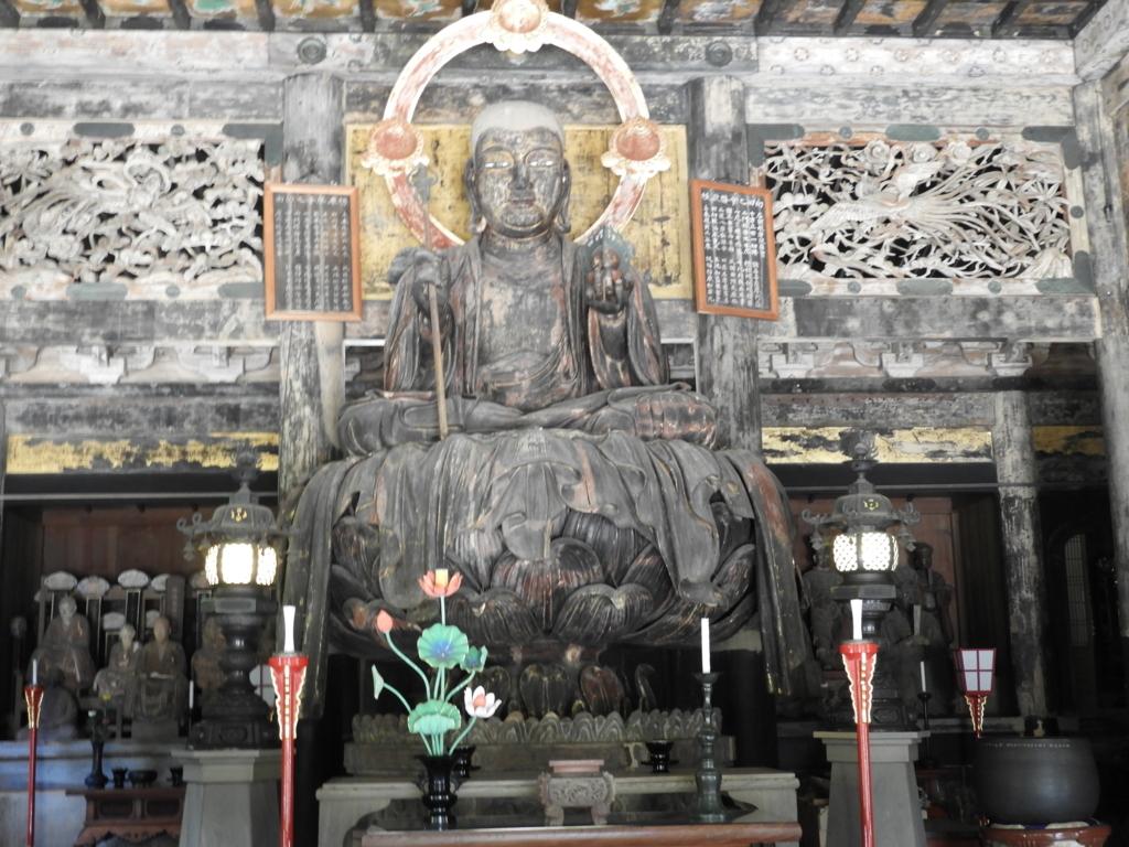 建長寺の本尊の地蔵菩薩