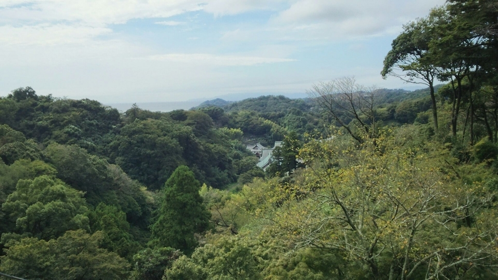 建長寺の塔頭である半蔵坊からの眺望