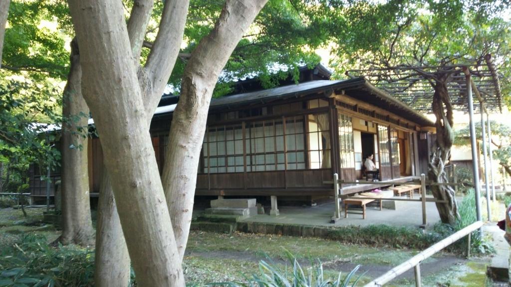 不定期でお茶席が設けられる英勝寺の書院