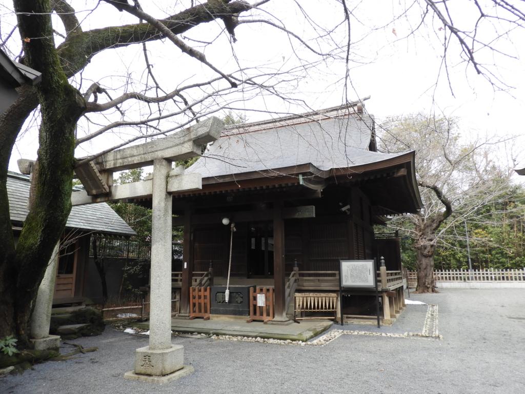 御嶽神社の境内社である一山神社