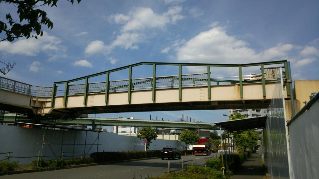 グランベリーモールにかつてあった歩道橋