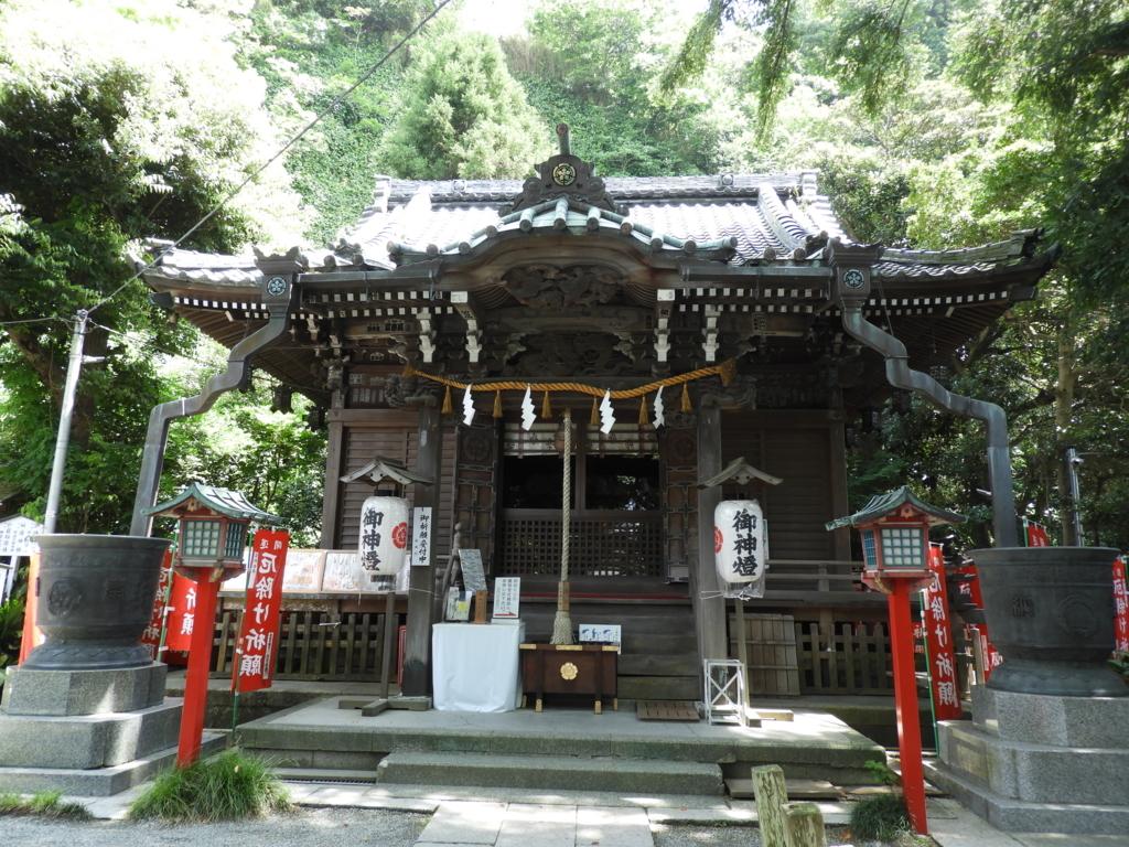 八雲神社の拝殿