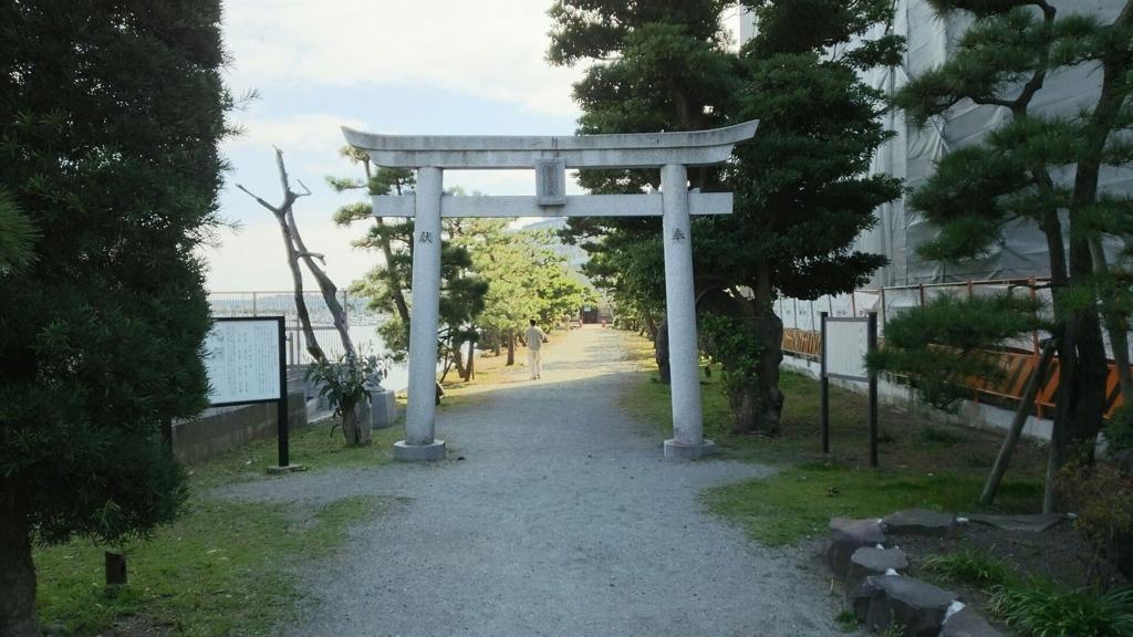 琵琶嶋神社の大鳥居