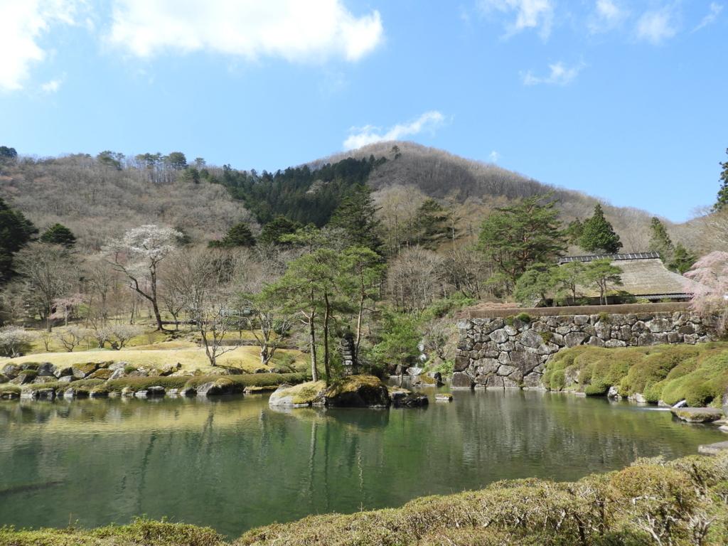 古峯園の美しい池