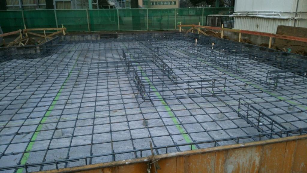 新築戸建ての建設現場