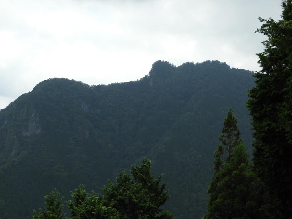 妙法ヶ岳山頂