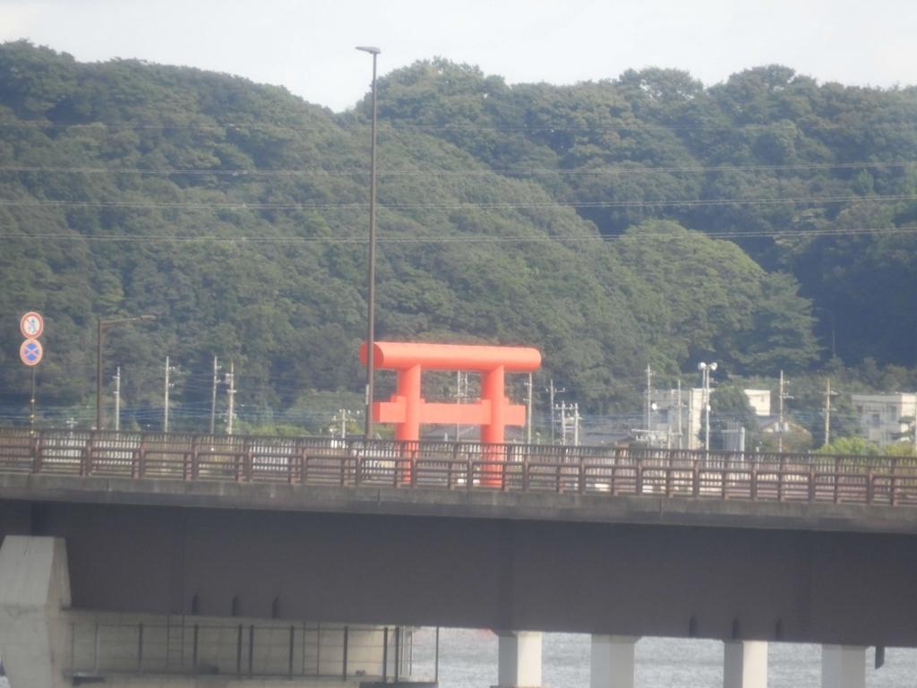 日本一の水上鳥居である一之鳥居