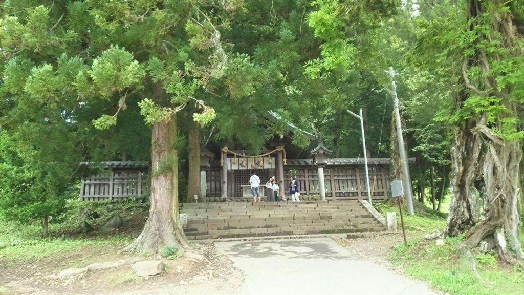 上社前宮の社殿