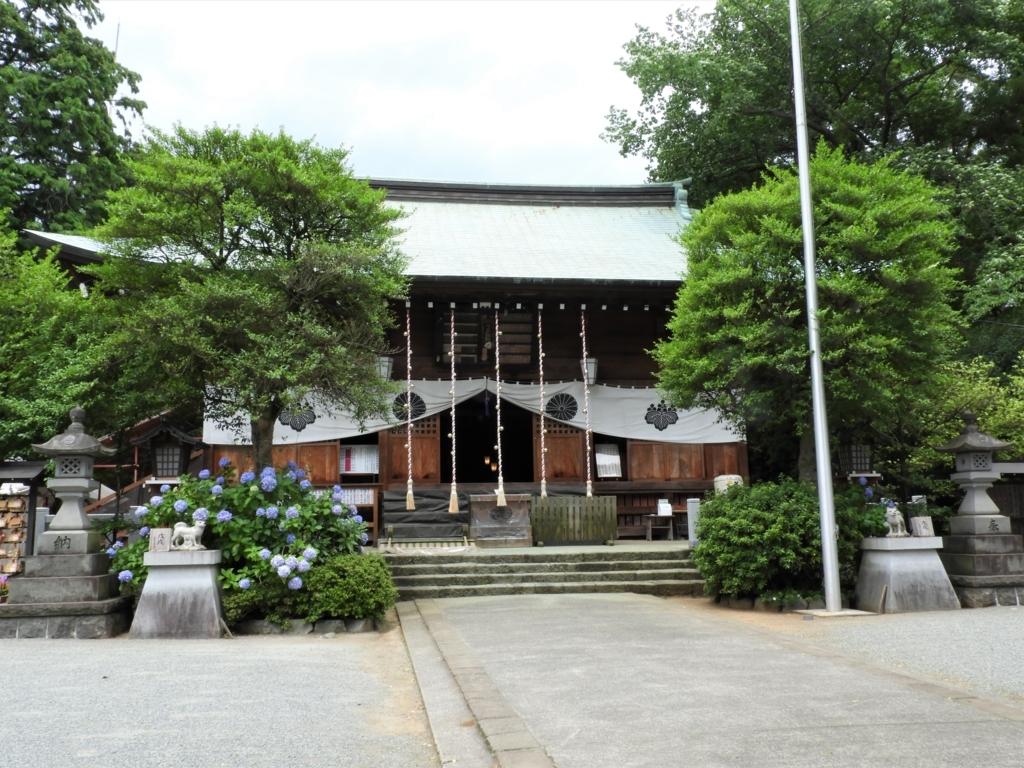 比々多神社の拝殿