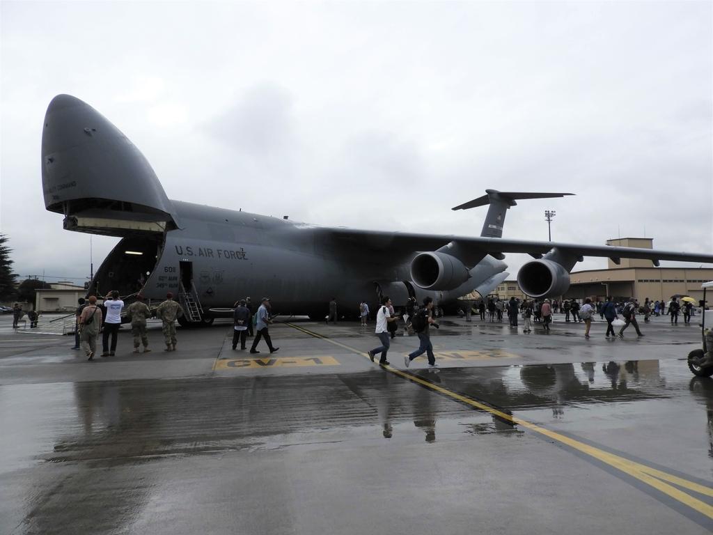 開発当時世界最大の輸送機C-5