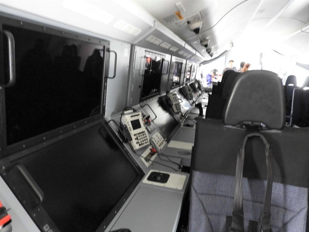 探索任務にあたるオペレーターの席
