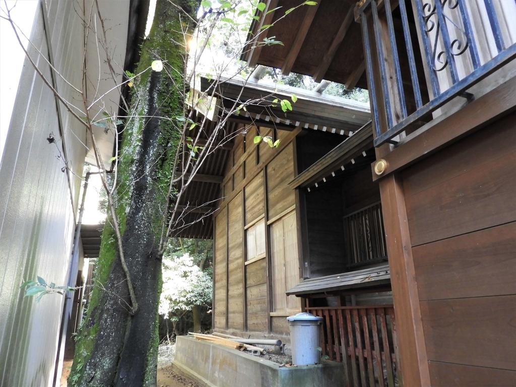 穴澤天神社の本殿