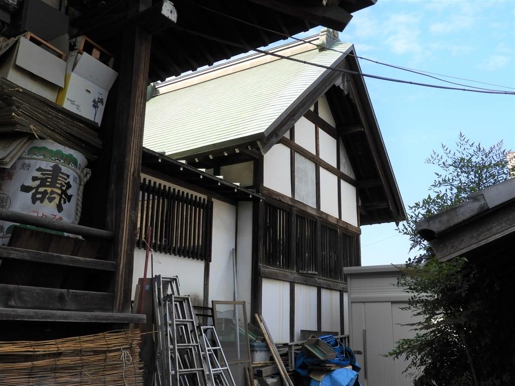 総欅造り檜皮葺の本殿