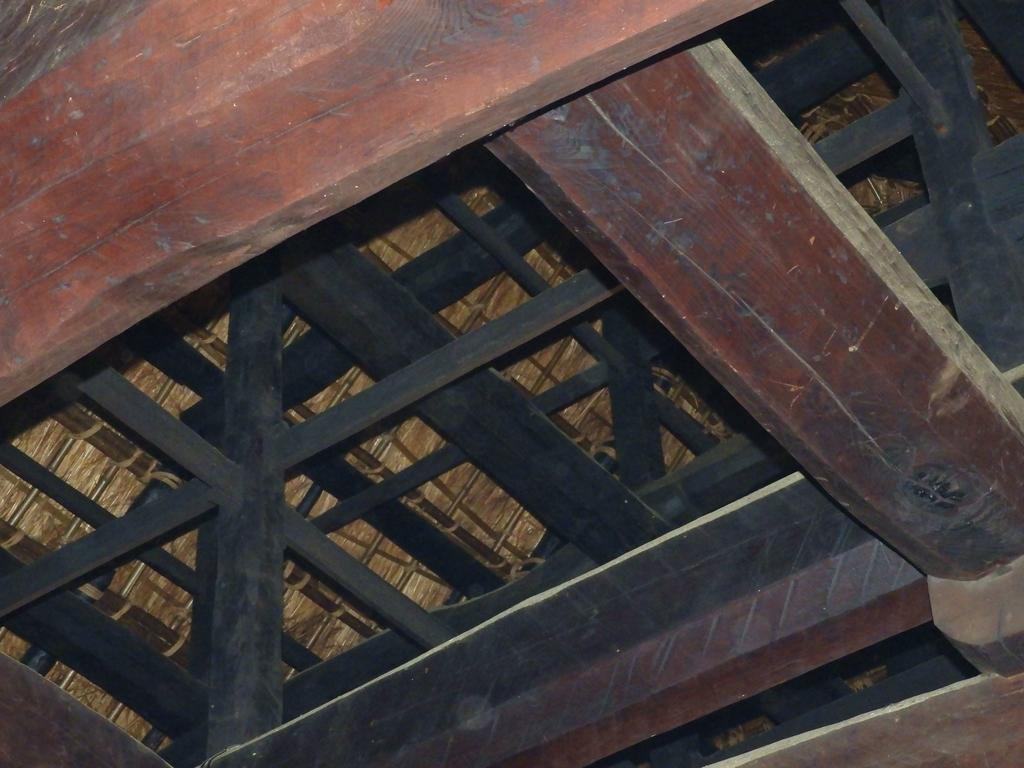 本坊旧庫裏の天井裏