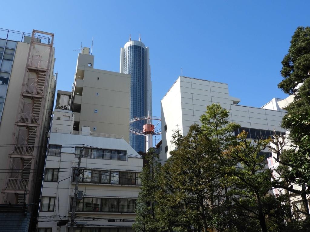 白山通り沿いの東京ドームシティ