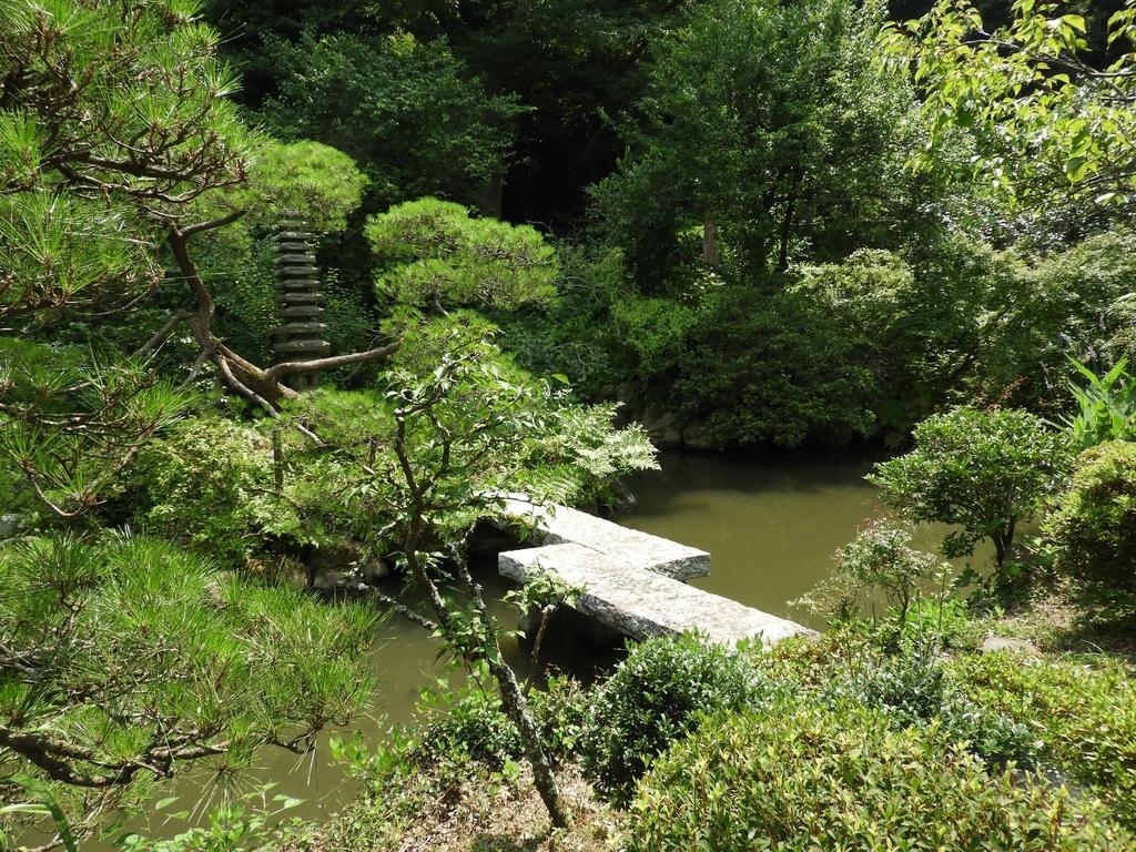 光則寺の庭園