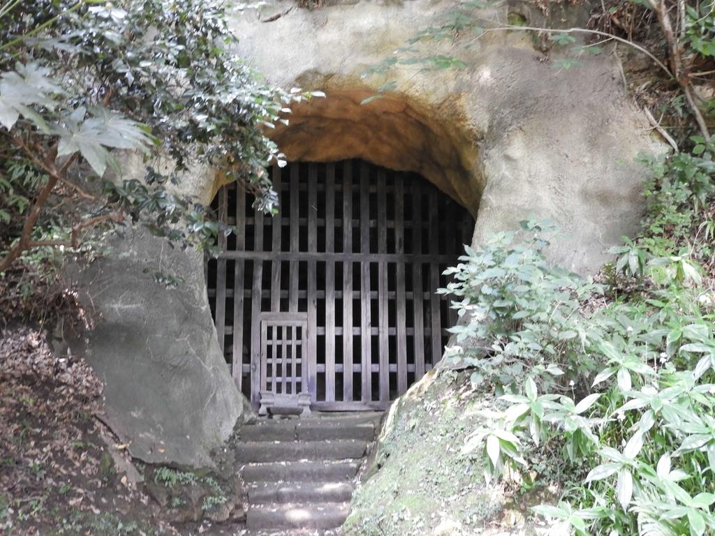 日郎が監禁されていた土牢