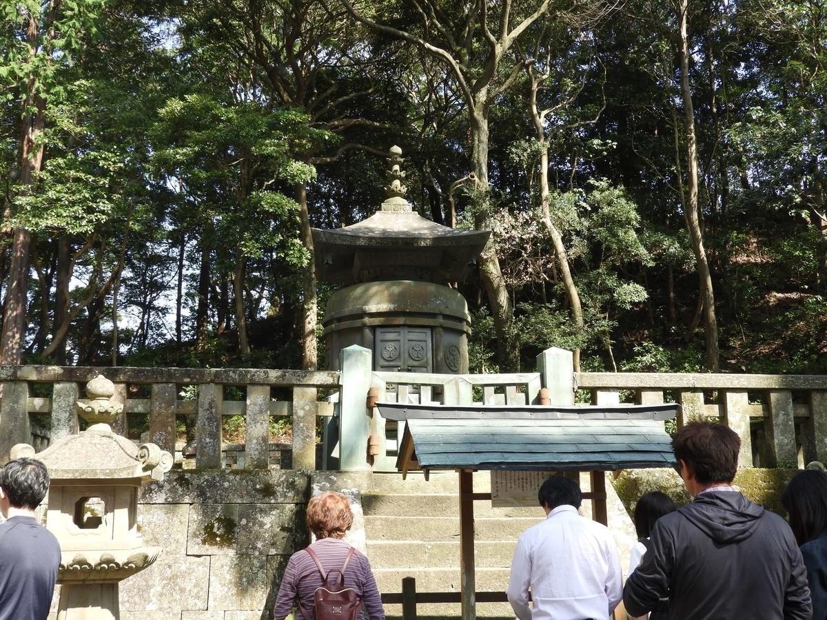 >家康の遺骸を埋葬した神廟