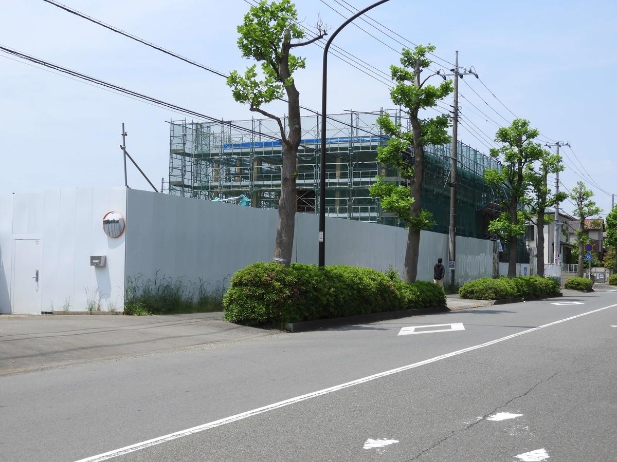 新しい建物の工事