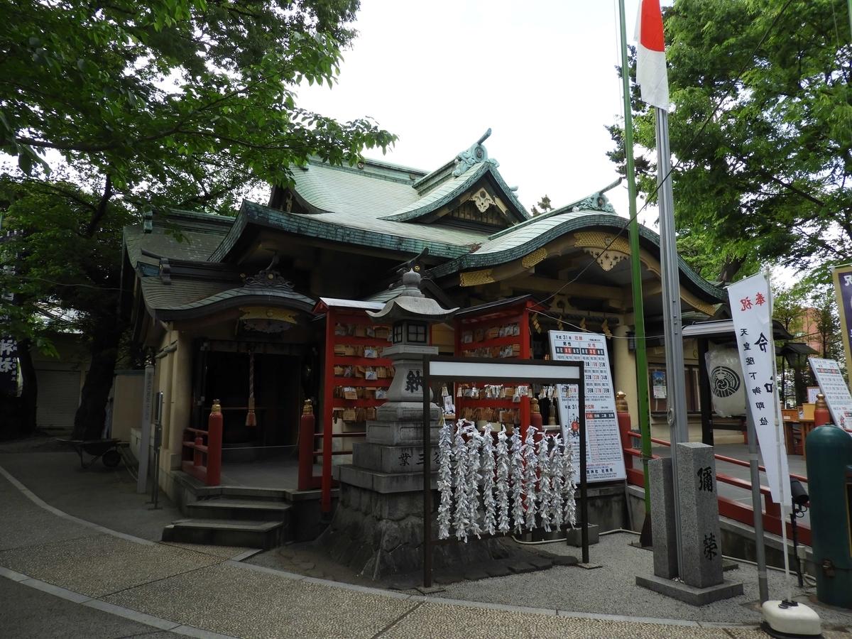 須賀神社の拝殿
