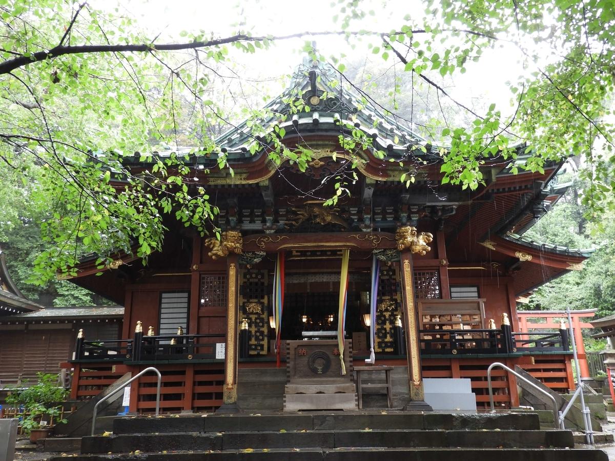 王子稲荷神社の拝殿