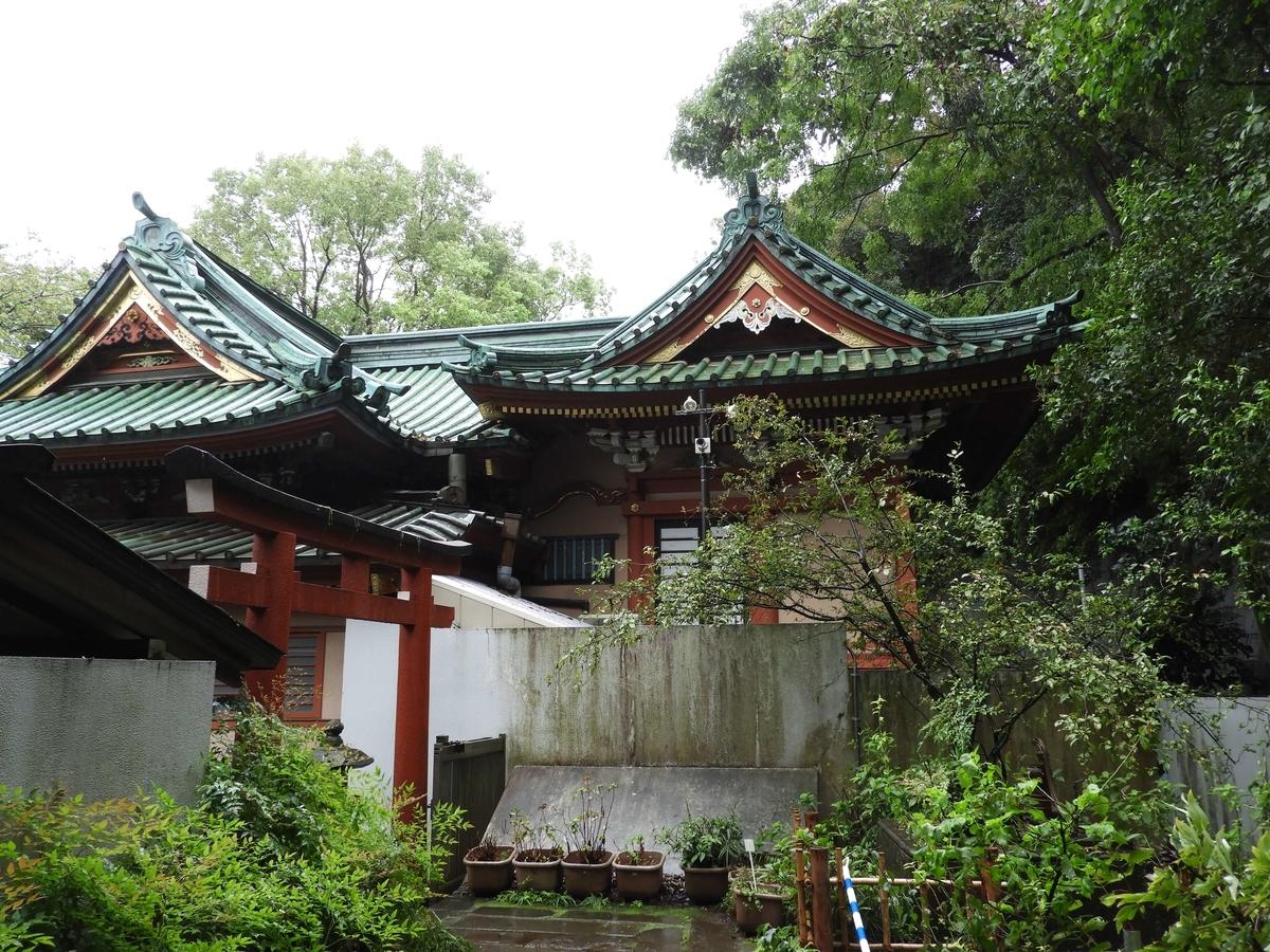 王子稲荷神社の本殿