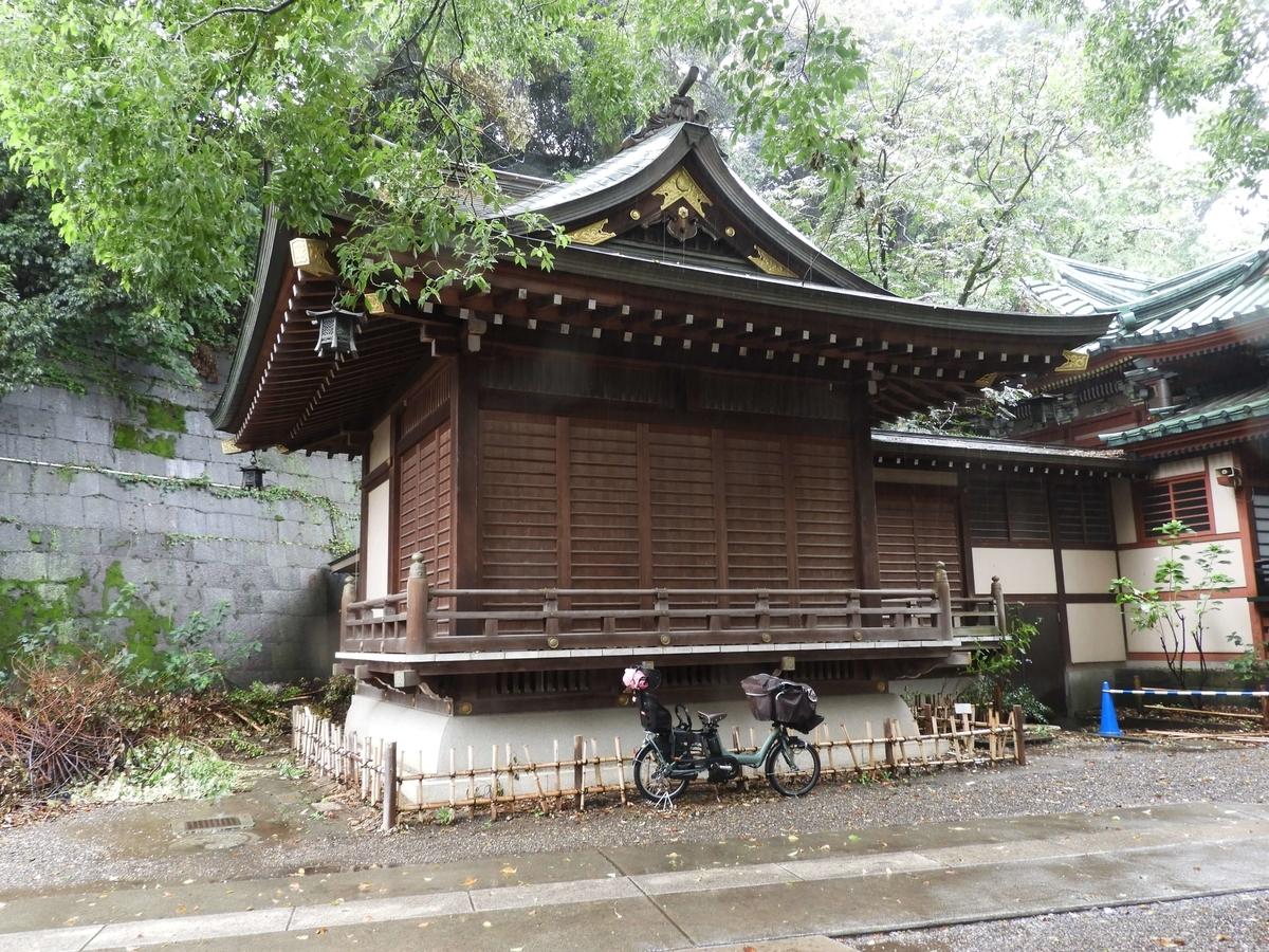 王子稲荷神社の神楽殿
