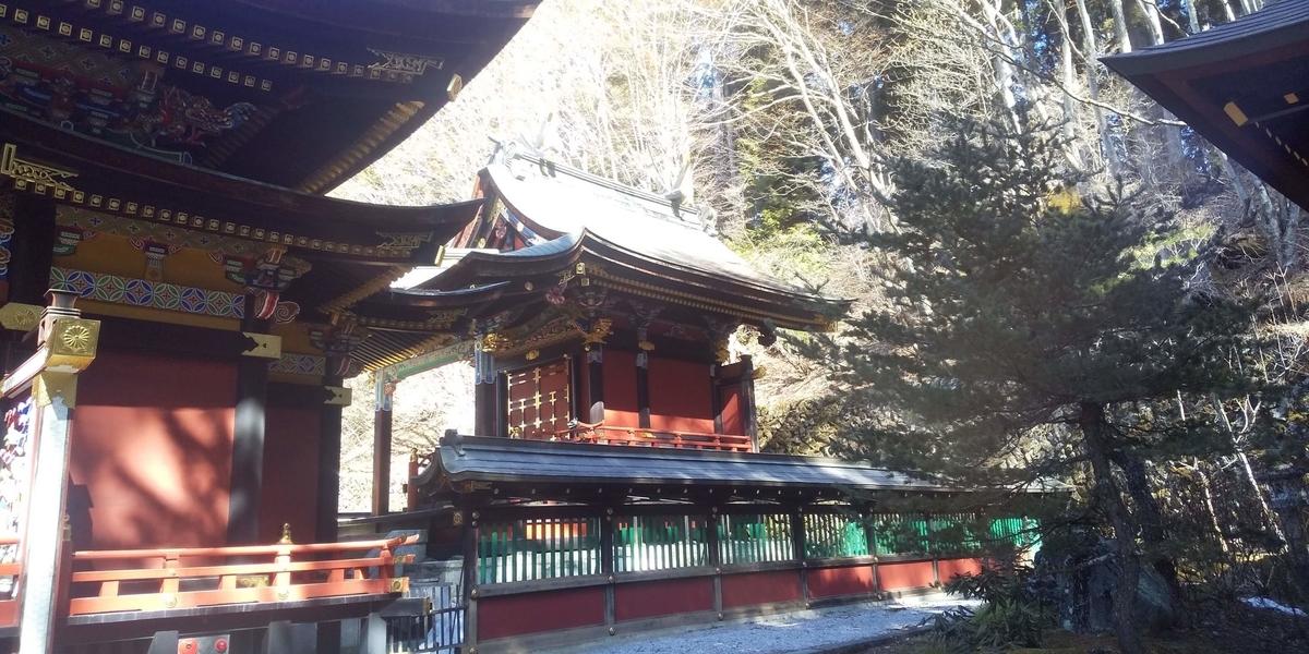 拝殿の奥にある本殿