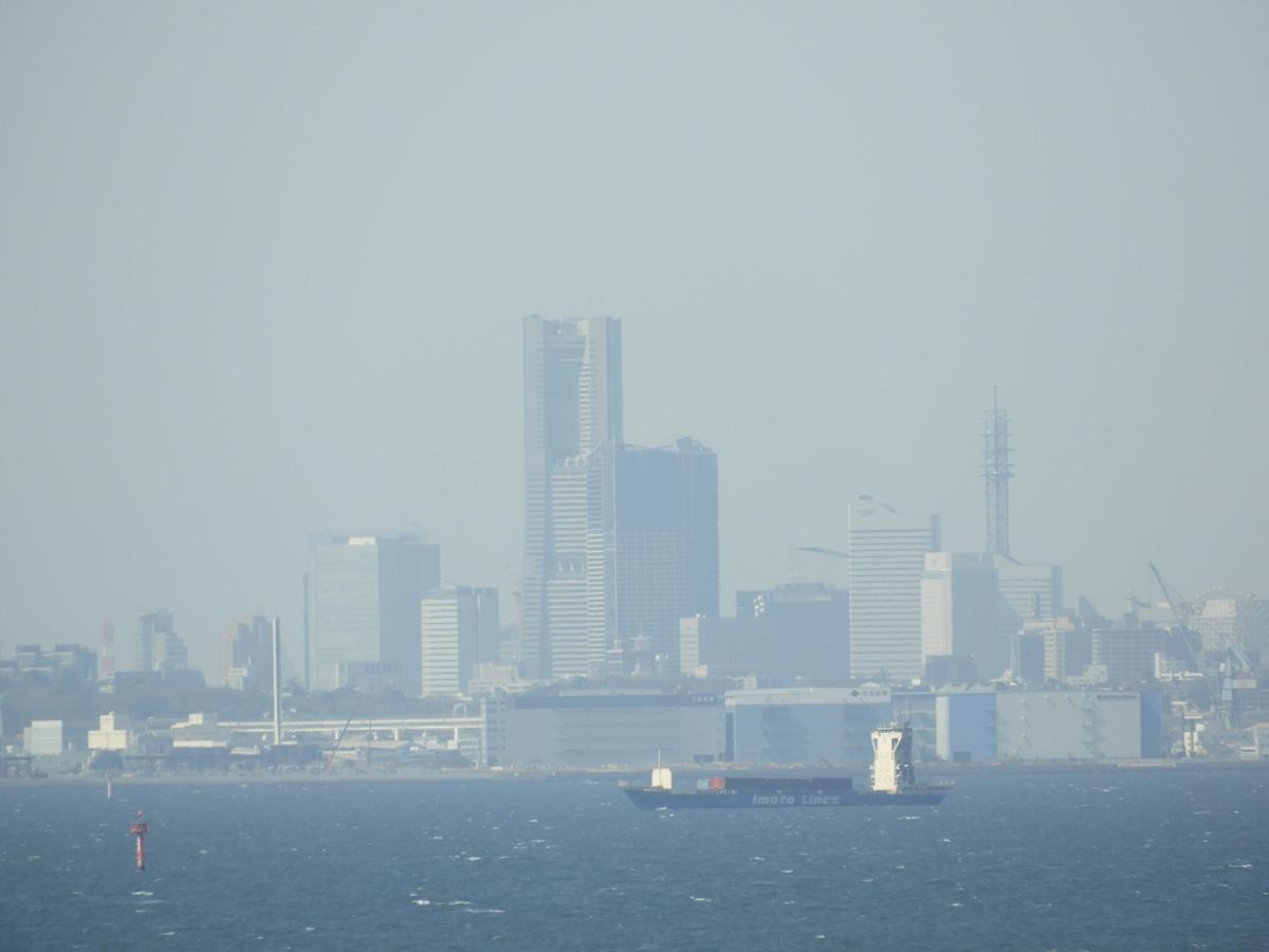 湾内の光景