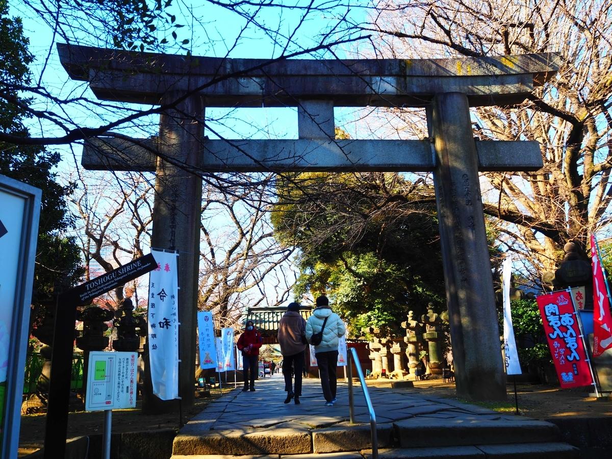 上野東照宮の大石鳥居