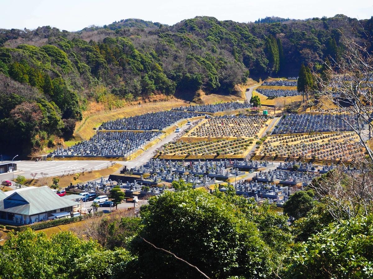 緑豊かな霊園である長南町笠森霊園