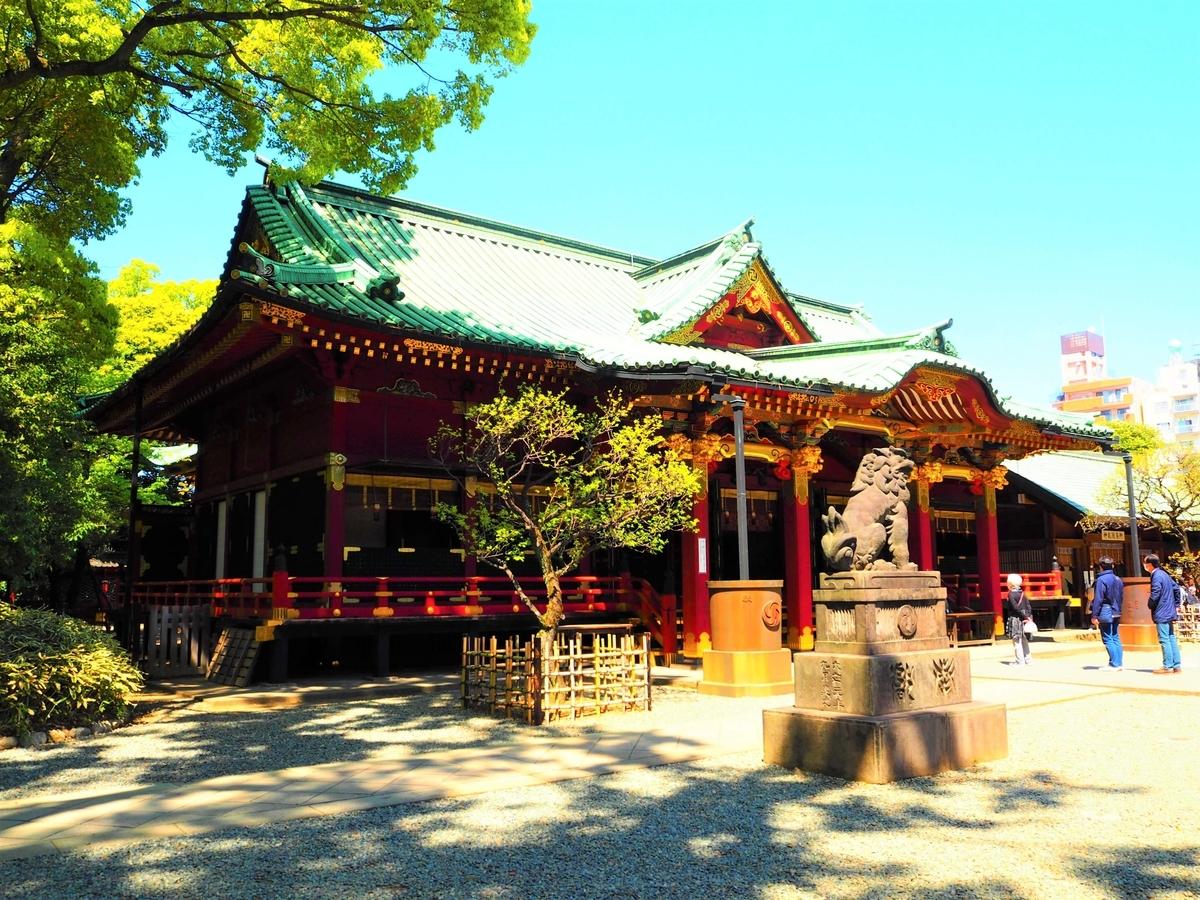 重要文化財である根津神社の拝殿