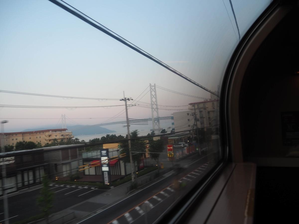 明石海峡大橋の車窓