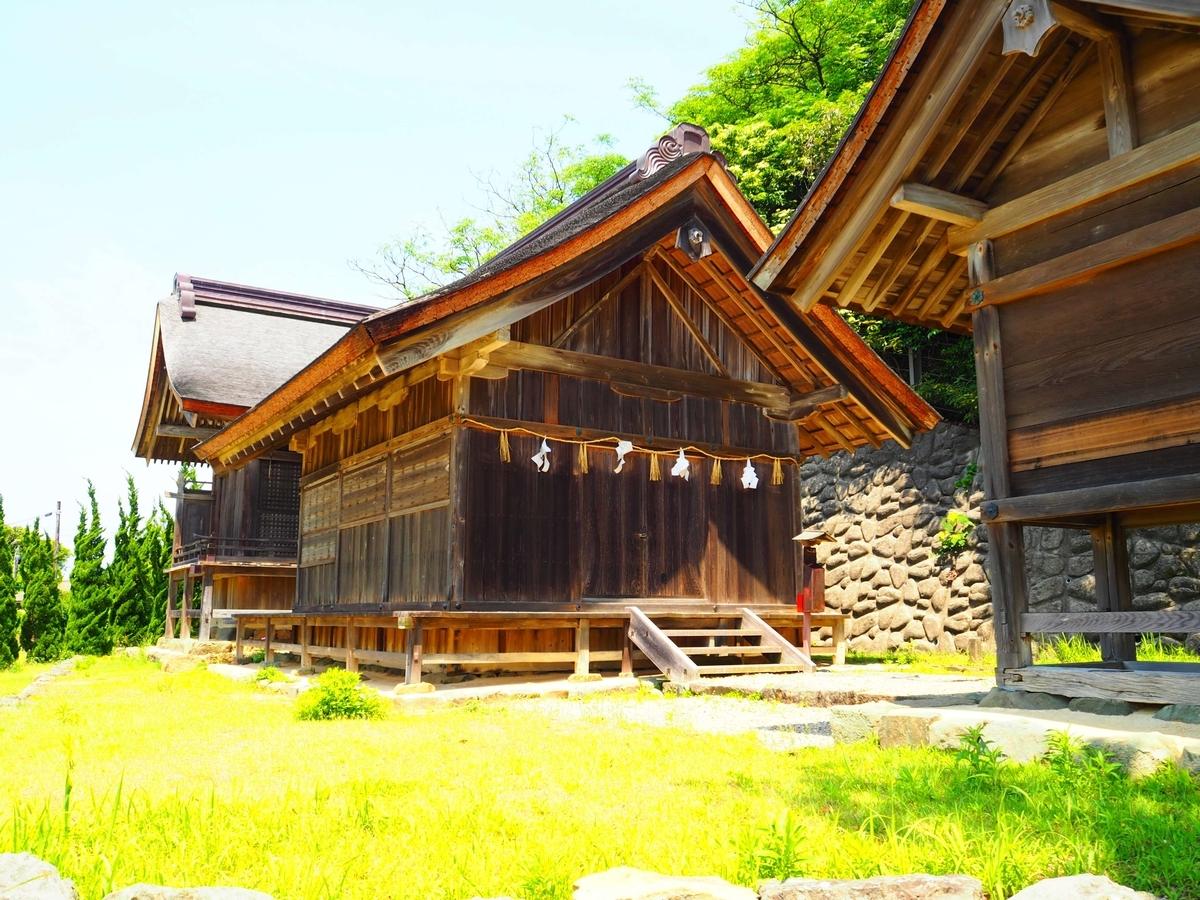 上宮の社殿