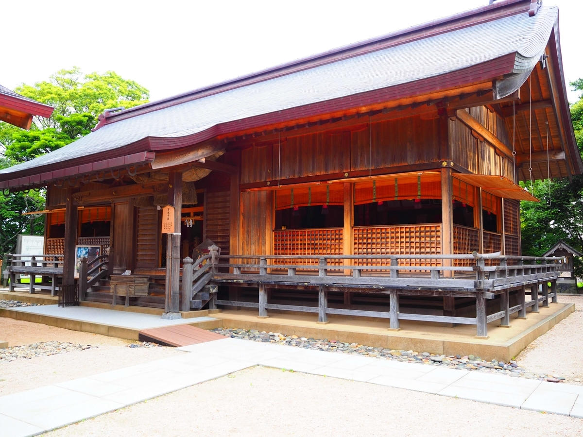 万九千神社の神殿