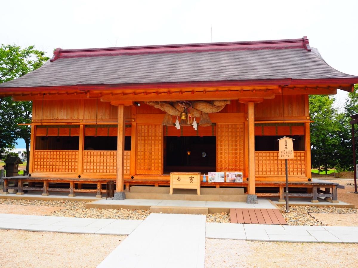 立虫神社の拝殿