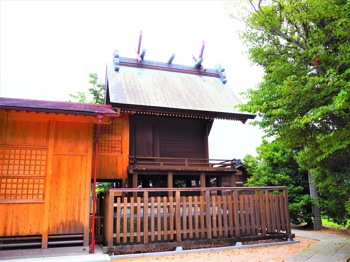 立虫神社の大社造の本殿