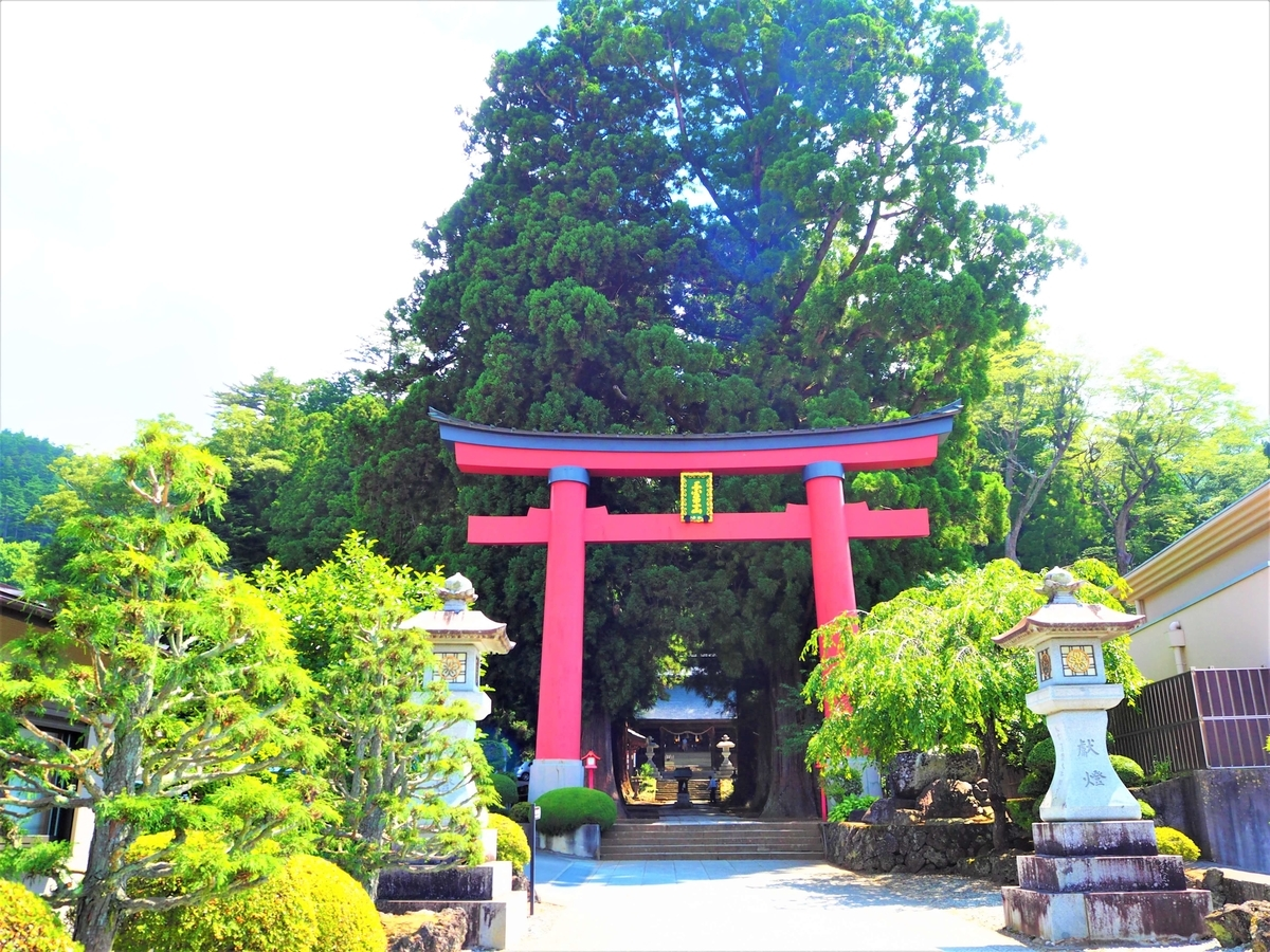 河口浅間神社の大鳥居