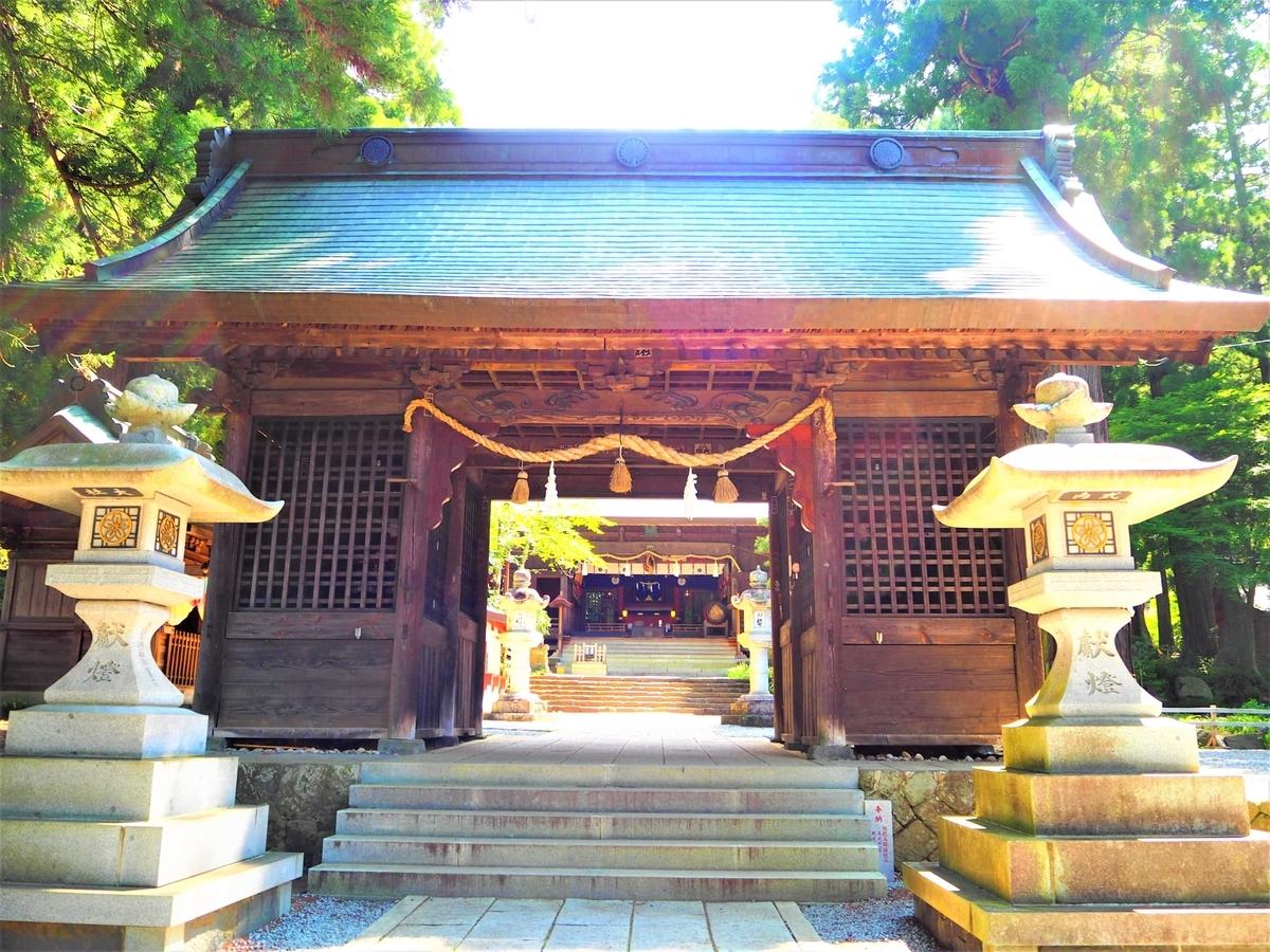 河口浅間神社の隋神門