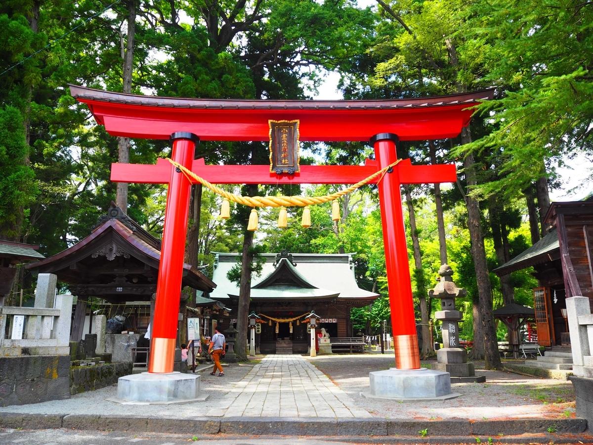 小室浅間神社の大鳥居
